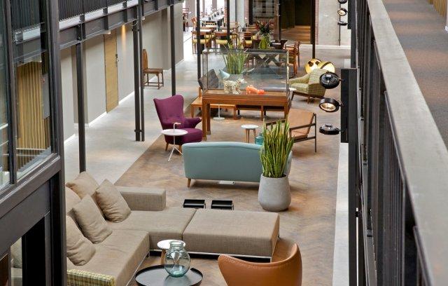 design-hip-living-lobby